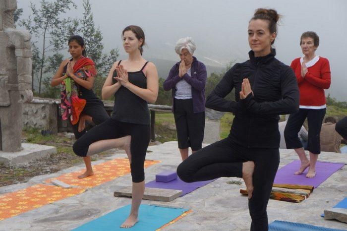 yoga ecuador tours